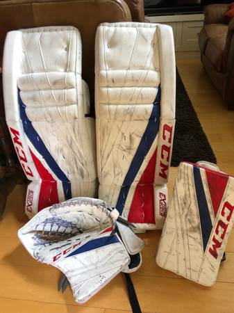 CCM Extreme Flex Goalie pads, glove and blocker