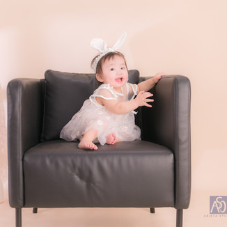 Arista_Flower_Baby_Photo_13.jpg