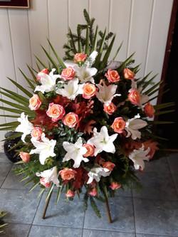 Wieniec pogrzebowy na stojaku nr 32j