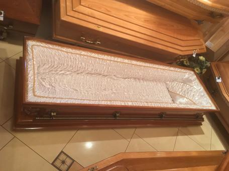 Trumna pogrzebowa - wewnętrzne wykończenie