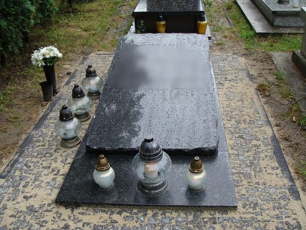 Nagrobek - sarkofag nr 6