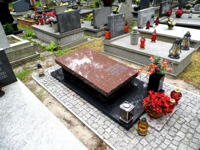 Nagrobek - sarkofag nr 28