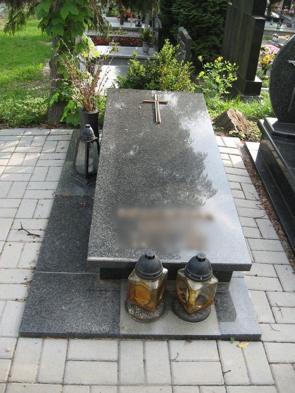 Nagrobek - sarkofag nr 8