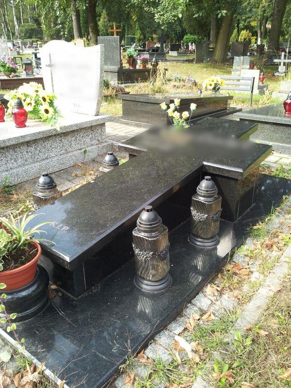 Nagrobek - sarkofag nr 22