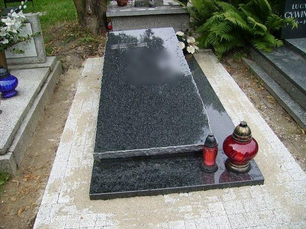 Nagrobek - sarkofag nr 2