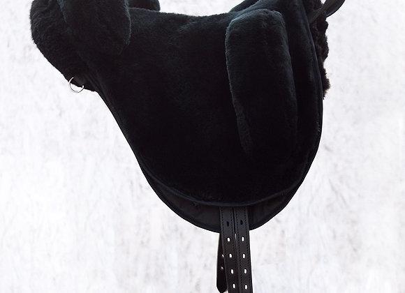 Меховое безленчиковое седло