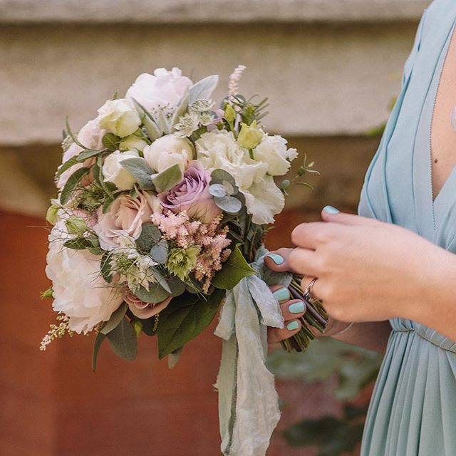 Romantic Bridesmaids bouquet, soft blush
