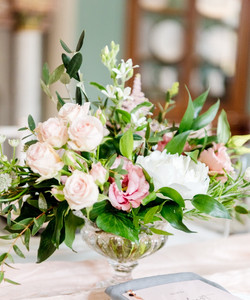 Glass urn table arrangements