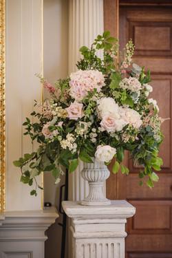 Pedestal urn arrangement