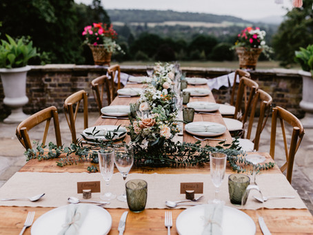 FLOWER ARRANGEMENTS AND TABLESCAPE DESIGN IDEAS FOR SPRING, SUMMER, AUTUMN AND WINTER WEDDINGS