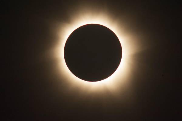 foto Eclissi totale di sole.jpg