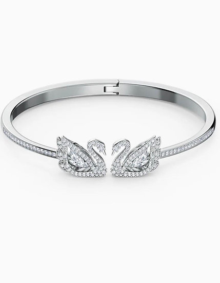 Silver hinged bracelet with crystal swans