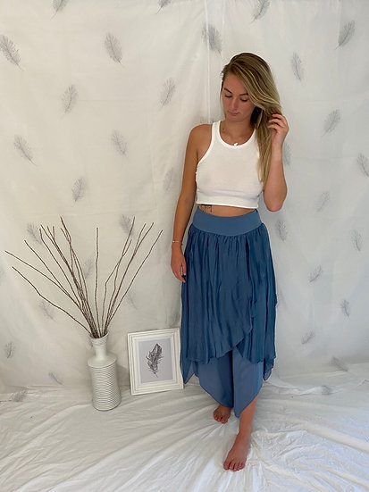 Stunning double layered aladdin trousers