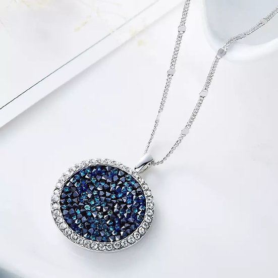 Silver necklace with Swarovski crystal pendant in silver