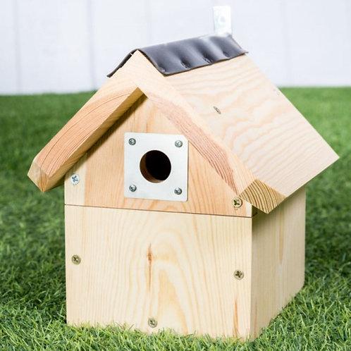 The Bladon Bird Box