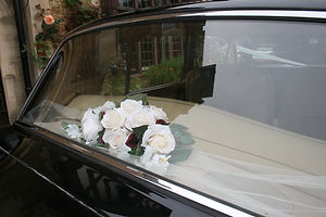 Wedding car hire Rolls Royce Flowers Spacious comfortable luxurious