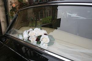 Wedding car hire Rolls Royce Flowers Spacious comfortable luxurious