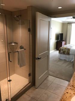 Master Bathroom Konea 604