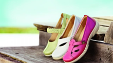 Are you treating your feet right this summer? Here is the HEAL FOOT CLINIC shoe guide.