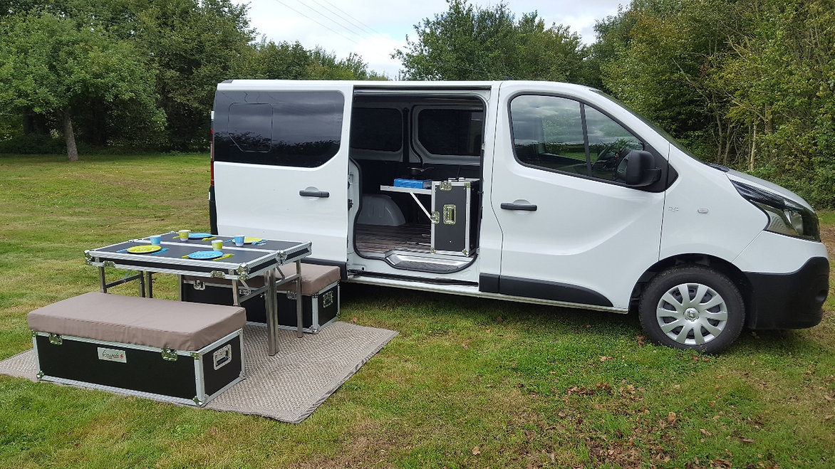 am nagement camping car amovible france escapade solutions. Black Bedroom Furniture Sets. Home Design Ideas