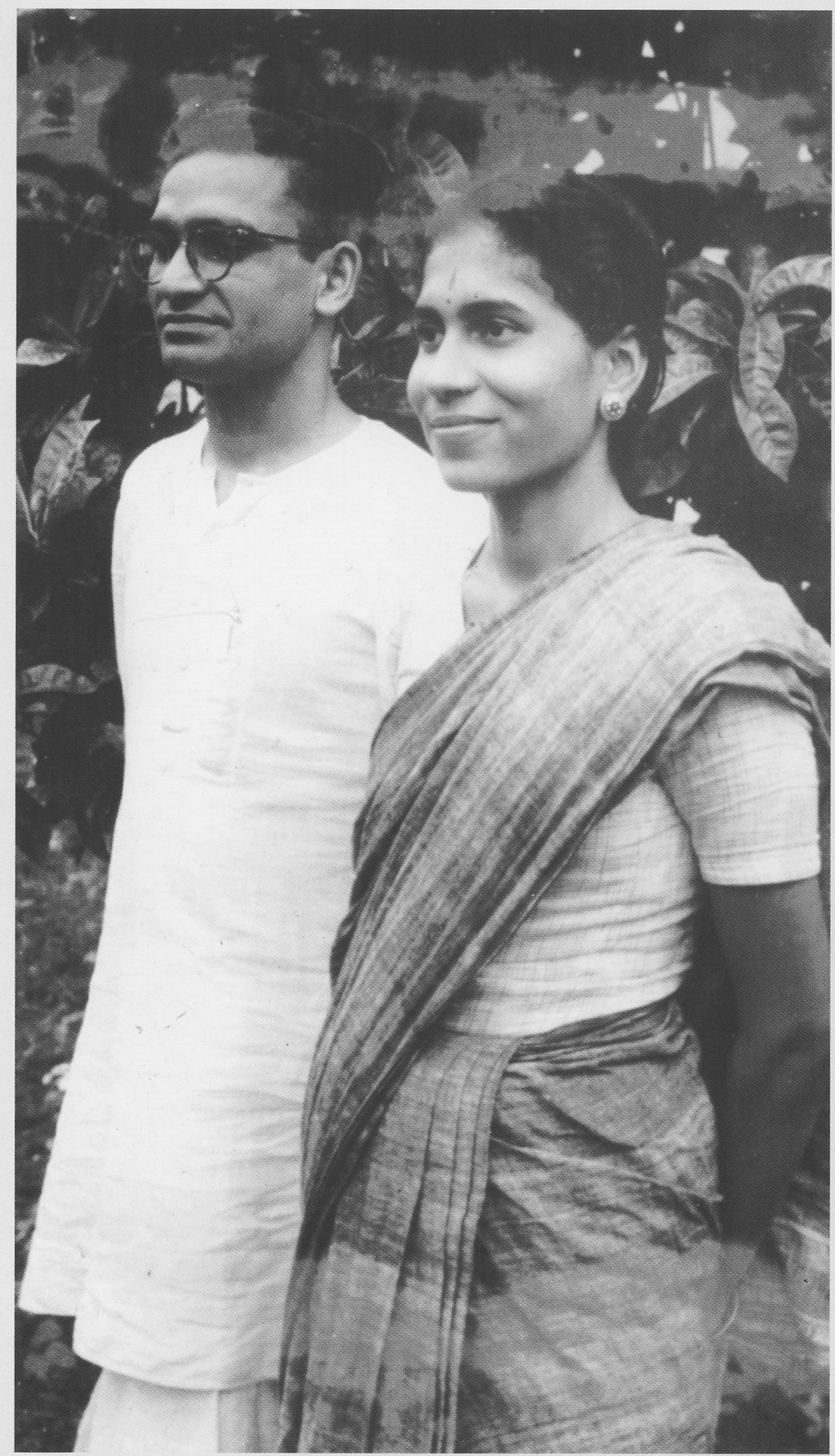 DR SHARMA AND HIS WIFE VASANTI WHEN THEY 1ST MOVED INTO DATTAPUR