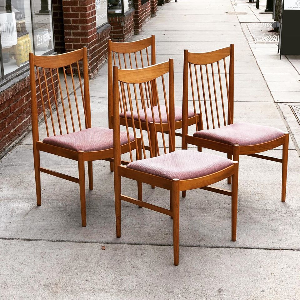 Set of 4 teak dining chairs by Arne Vodder for Sibast
