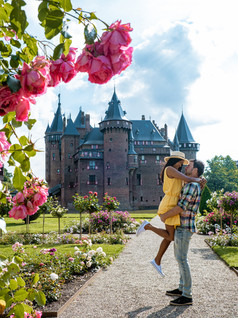 Castles, sand dunes and the beautiful city of Utrecht, a weekend of touring in the Netherlands