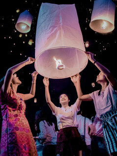 Chiang Mai, Loy Krathong and the amazing mountains around Chiang Mai Thailand