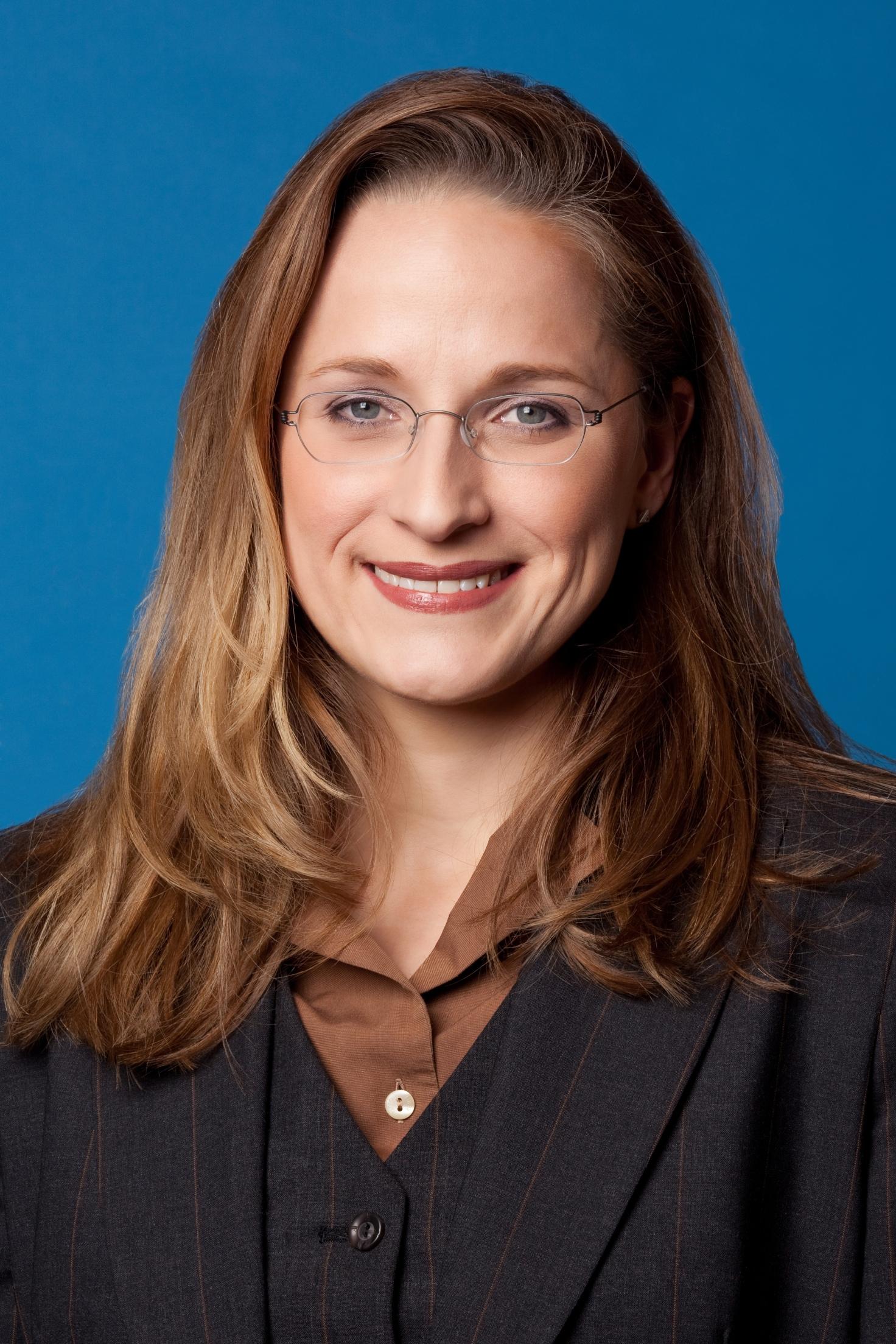 Yvonne Dapp, Steuerberaterin