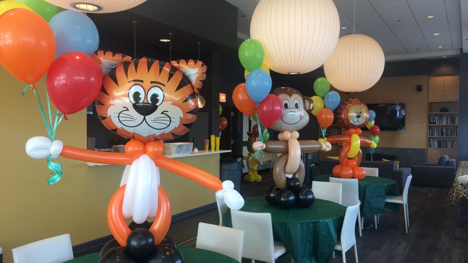 jungle balloon decorations