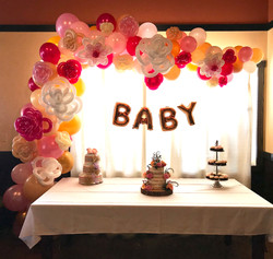 baby shower balloon arch flowers