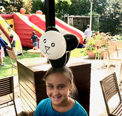 panda balloon animal