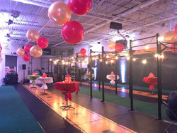 holiday party balloon decorations