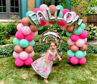 3-year-old-birthday-balloons=party-decor-for-girl-deerfield-il (1)_edited_edited.jpg