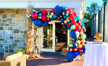 fall-and-autumn-halloween-balloon-arches