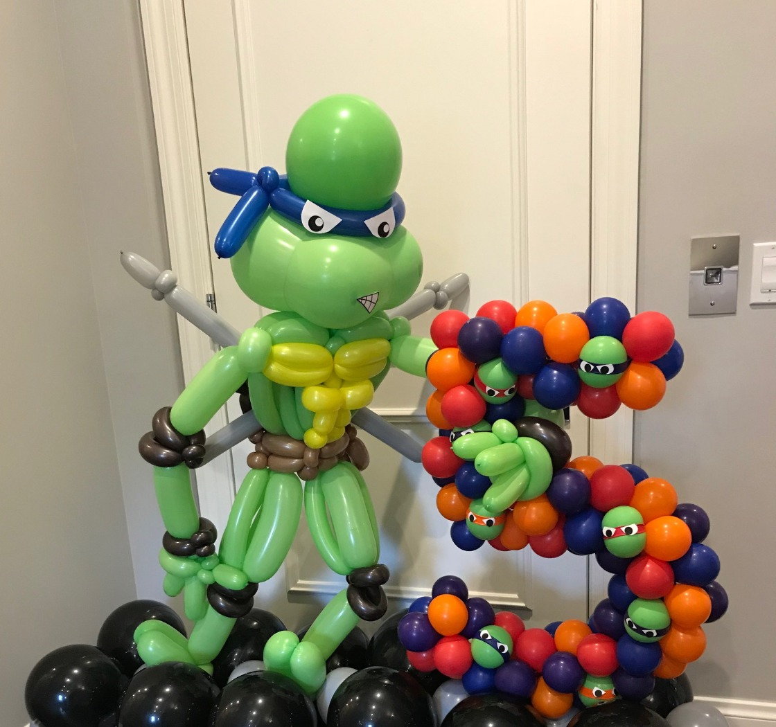 ninja turtle balloon centerpiece