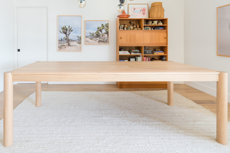 Bedford dining table profile