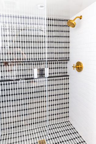 Encino Vista (guest bath) (5).jpg