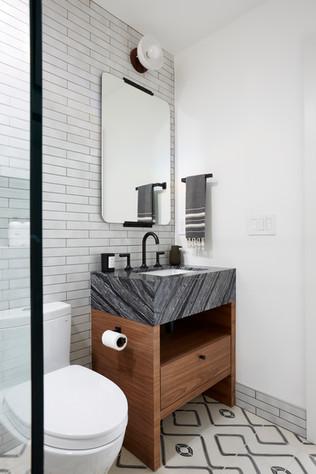 Rimpau guest bath vanty
