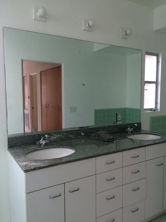 Guest Bath Vanity BEFORE