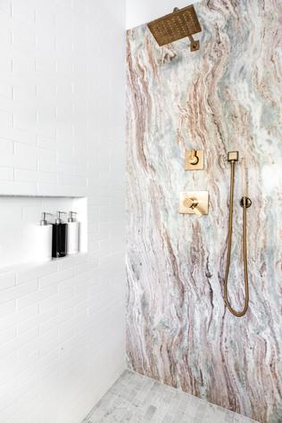 Encino Vista (master bath) (4).jpg