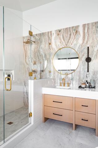 Encino Vista (master bath) (3).jpg