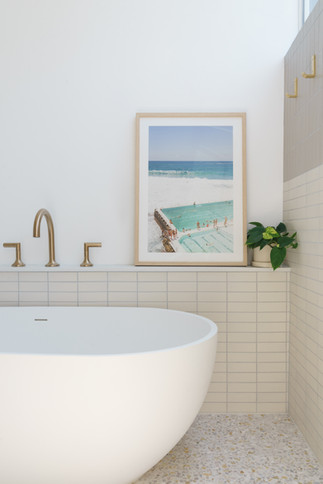 Ladera master bath detail