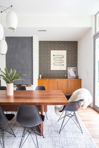 Modern meets midcentury dining room