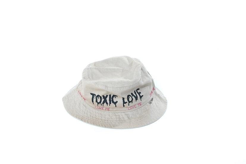 "Bucket Hat ""TOXIC LOVE"" Sand"