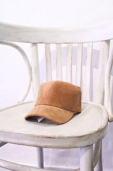 VELVET HAT CAMEL
