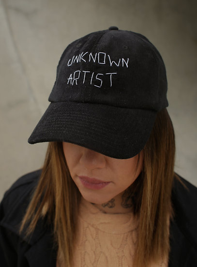 "VELVET HAT ""UNKNOWN ARTIST"""