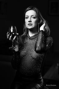 PixRez - Reza Hadian, London fashion & beauty photographer. Using a single beauty dish with Godox AD400 pro