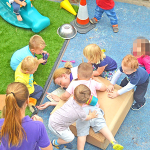 Alvaston Babies - Outdoor Messy Play