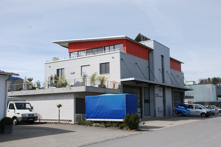 Gewerbehaus Tuggen